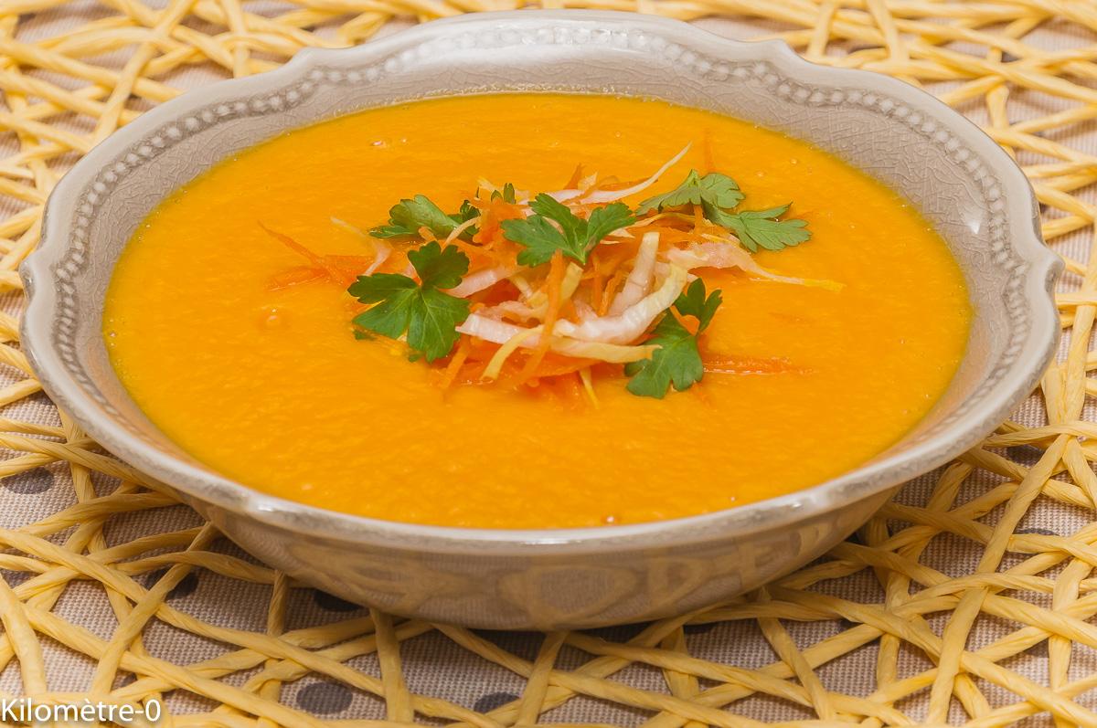 Photo de recette de soupe carottes, orange, endive, facile, bio, rapide, léger de Kilomètre-0, blog de cuisine réalisée à partir de produits locaux et issus de circuits courts