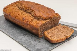 Photo de recette de  cake banane noix de Kilomètre-0, blog de cuisine réalisée à partir de produits locaux et issus de circuits courts