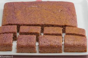 Photo de recette de gâteau polenta cassis, bio, facile, rapide, léger de  Kilomètre-0, blog de cuisine réalisée à partir de produits locaux et issus de circuits courts