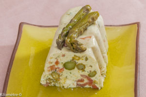 Photo de recette de terrine de truite fumée, saumon, asperges vertes, facile, rapide, léger de Kilomètre-0, blog de cuisine réalisée à partir de produits locaux et issus de circuits courts