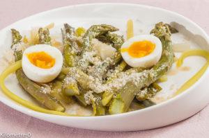 Photo de recette de salade, poireau, asperge verte, oeuf, parmesan, bio, léger, rapide, de Kilomètre-0, blog de cuisine réalisée à partir de produits locaux et issus de circuits courts