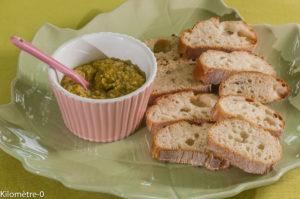 Photo de recette de crème d'asperge verte, parmesan, apéro, tartinade, toast, Kilomètre-0, blog de cuisine réalisée à partir de produits locaux et issus de circuits courts