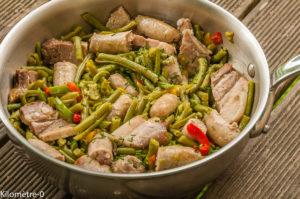 Photo de recette de poêlée, saucisse poitrine, haricots verts, poivrons, facile, rapide, léger de Kilomètre-0, blog de cuisine réalisée à partir de produits locaux et issus de circuits courts