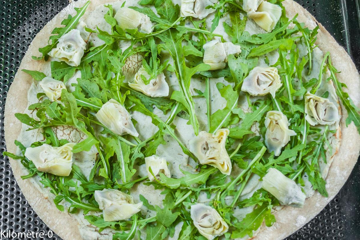 Photo de recette de pizza, roquette, artichaut, cuisine italienne, Italie, crème d'artichaut de Kilomètre-0, blog de cuisine réalisée à partir de produits locaux et issus de circuits courts