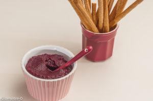 Photo de recette de dip, betterave rouge, facile, rapide, bio de Kilomètre-0, blog de cuisine réalisée à partir de produits locaux et issus de circuits courts