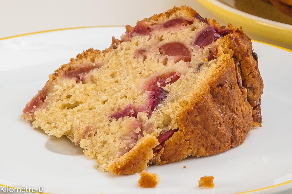 Photo de recette de gâteau, moelleux, cerises, facile, rapide, léger de Kilomètre-0, blog de cuisine réalisée à partir de produits locaux et issus de circuits courts
