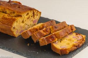 Photo de recette de cake, jambon, gouda, tomate confite, facile, rapide, apéro de Kilomètre-0, blog de cuisine réalisée à partir de produits locaux et issus de circuits courts