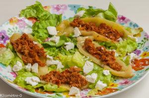 Photo de recette de salade, poivron, fêta de Kilomètre-0, blog de cuisine réalisée à partir de produits locaux et issus de circuits courts