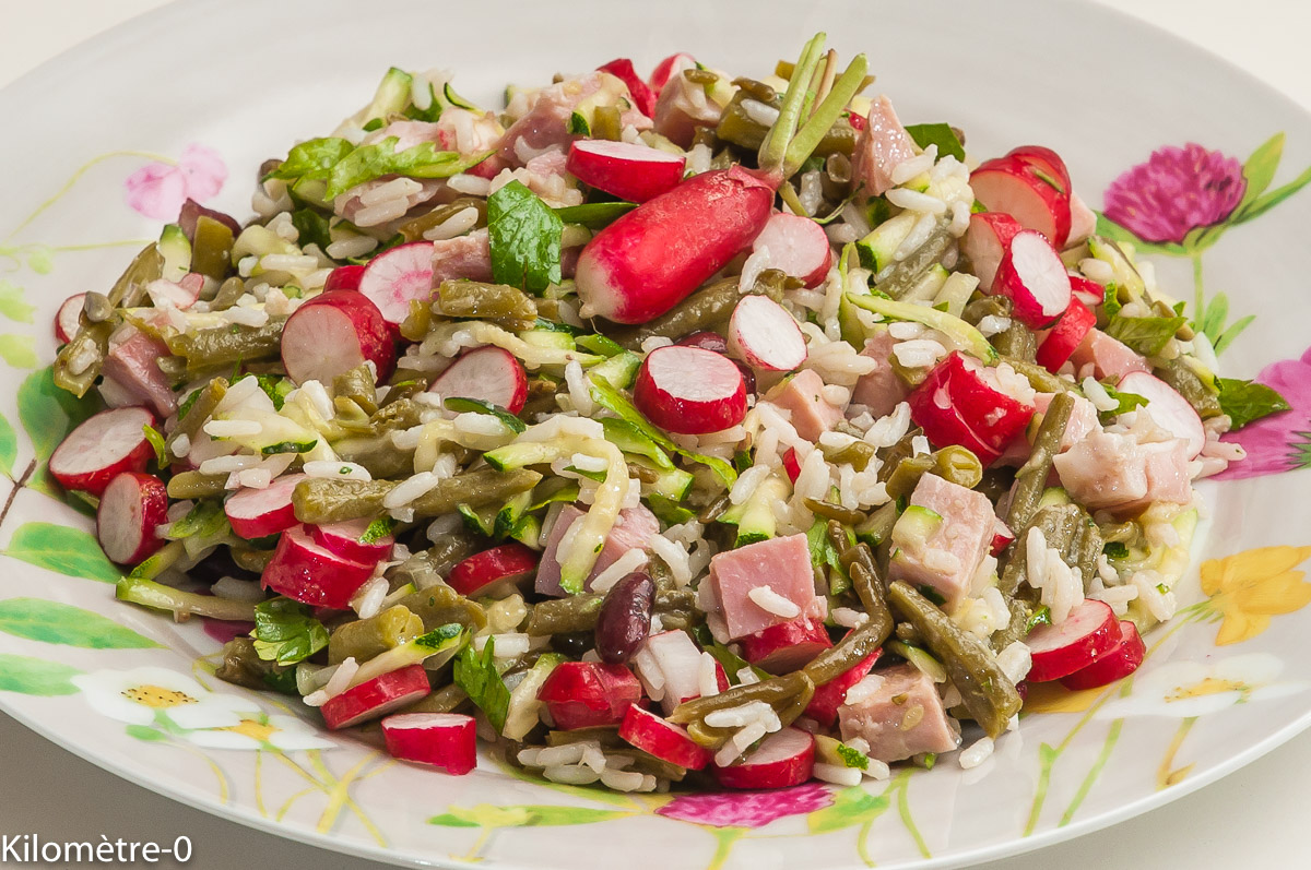 Photo de recette de salade, fraiche, été, complète, bio de Kilomètre-0, blog de cuisine réalisée à partir de produits locaux et issus de circuits courts