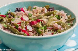 Photo de recette de salade, quinoa, radis, haricots verts, jambon, cranberries de Kilomètre-0, blog de cuisine réalisée à partir de produits locaux et issus de circuits courts