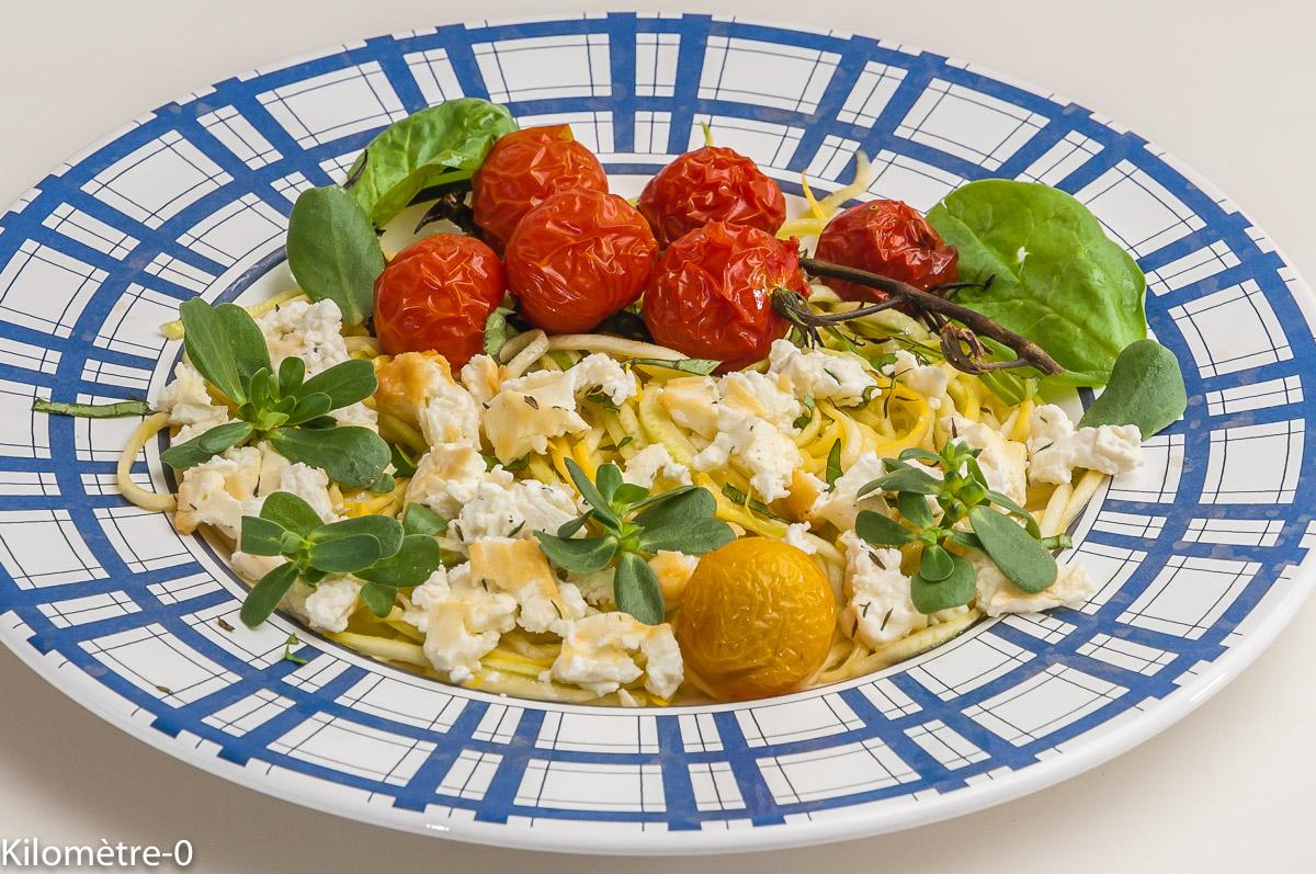 Photo de recette de spaghetti courgette, tomates cerises, fêta, facile de Kilomètre-0, blog de cuisine réalisée à partir de produits locaux et issus de circuits courts