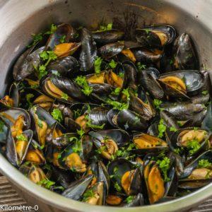 Photo de recette de  moules-marinières-facile-rapide- Kilomètre-0, blog de cuisine réalisée à partir de produits locaux et issus de circuits courts