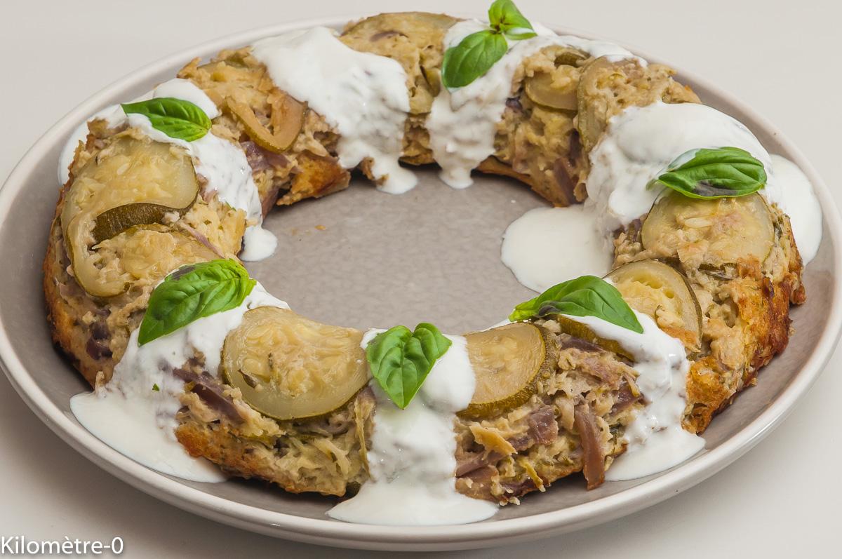 Photo de recette de couronne-terrine- courgette-yaourt-facile-léger-végétarien de Kilomètre-0, blog de cuisine réalisée à partir de produits locaux et issus de circuits courts