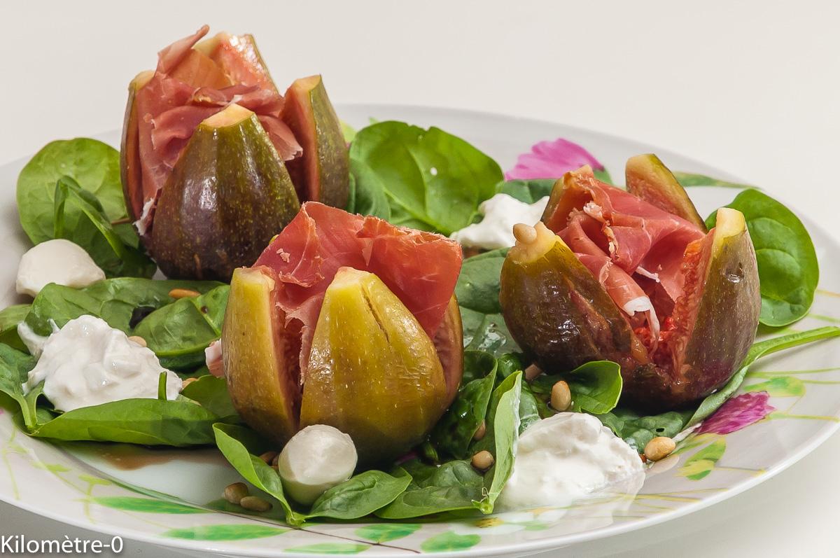 Photo de recette de salade, figues, jambon, burrata, facile, légère de  Kilomètre-0, blog de cuisine réalisée à partir de produits locaux et issus de circuits courts