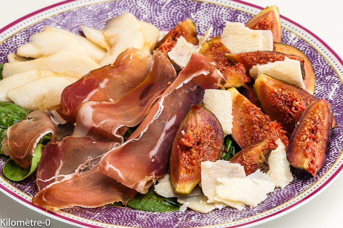 Photo de recette de speck, figues, poires, salade, grana, facile, rapide, léger de Kilomètre-0, blog de cuisine réalisée à partir de produits locaux et issus de circuits courts