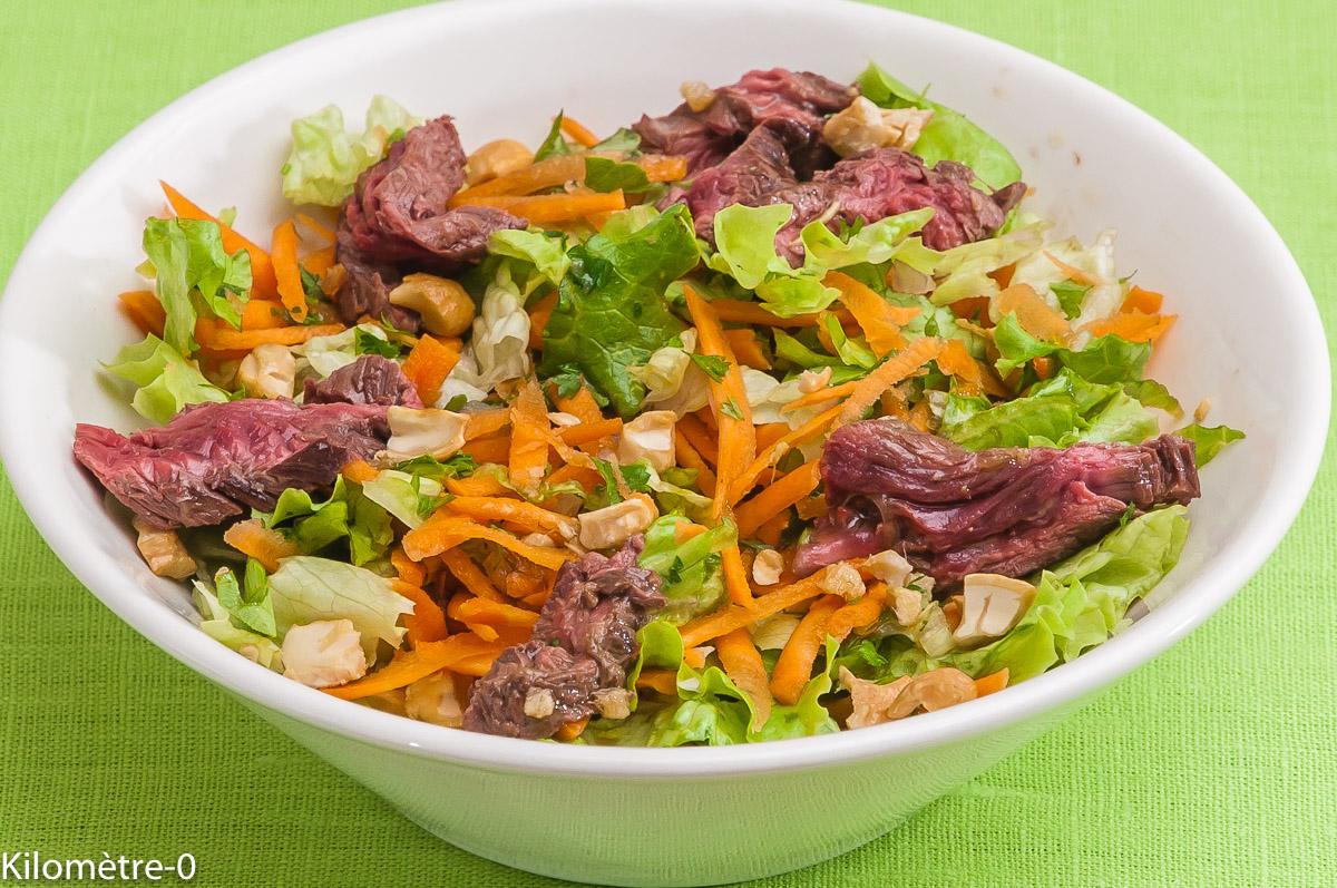 Photo de recette de salade thaie au boeuf, facile, rapide, bio de Kilomètre-0, blog de cuisine réalisée à partir de produits locaux et issus de circuits courts
