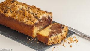 Photo de recette de cake marbré, crumble, noisettes, chocolat de Kilomètre-0, blog de cuisine réalisée à partir de produits locaux et issus de circuits courts