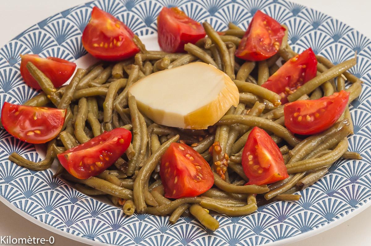 Photo de recette de salade, haricots verts, tomates, scamorza, facile, léger de Kilomètre-0, blog de cuisine réalisée à partir de produits locaux et issus de circuits courts