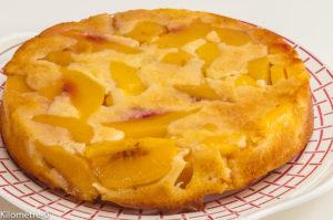 Photo de recette de gâteau renversé aux nectarines de  Kilomètre-0, blog de cuisine réalisée à partir de produits locaux et issus de circuits courts