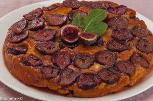 Photo de recette de gâteau renversé aux figues, facile de Kilomètre-0, blog de cuisine réalisée à partir de produits locaux et issus de circuits courts