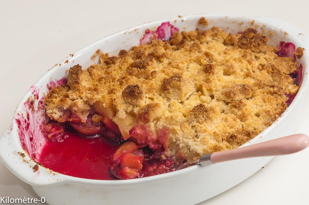 Photo de recette de crumble pommes prunes de Kilomètre-0, blog de cuisine réalisée à partir de produits locaux et issus de circuits courts