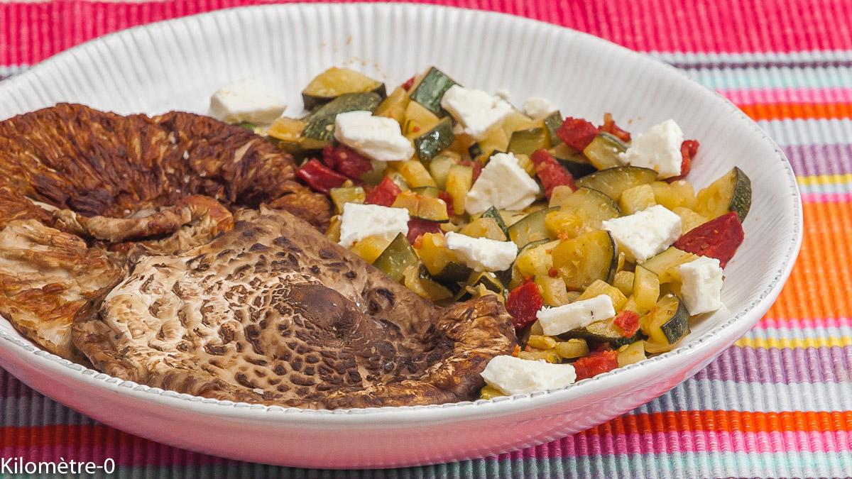 Photo de recette de coulemelles, champignons, courgette, fêta, chorizo de Kilomètre-0, blog de cuisine réalisée à partir de produits locaux et issus de circuits courts