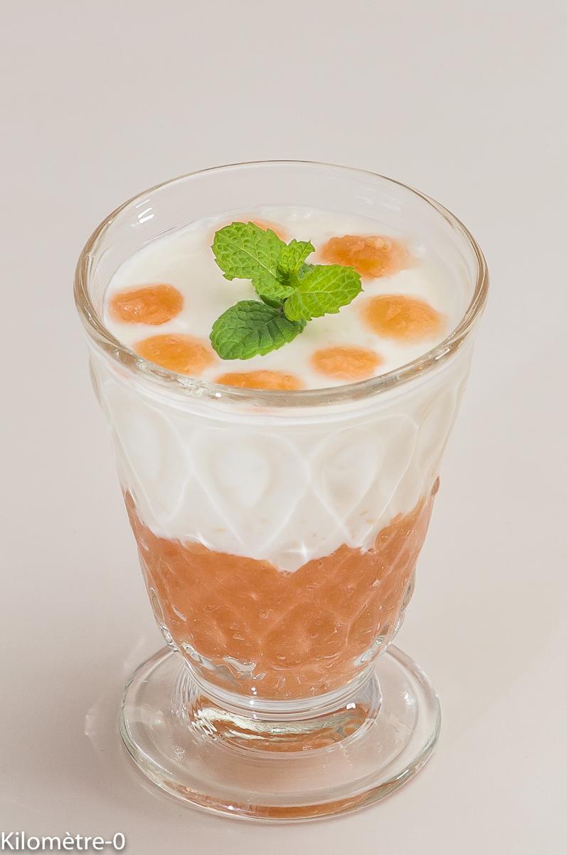 Photo de recette de confit de coing, yaourt, bio de Kilomètre-0, blog de cuisine réalisée à partir de produits locaux et issus de circuits courts