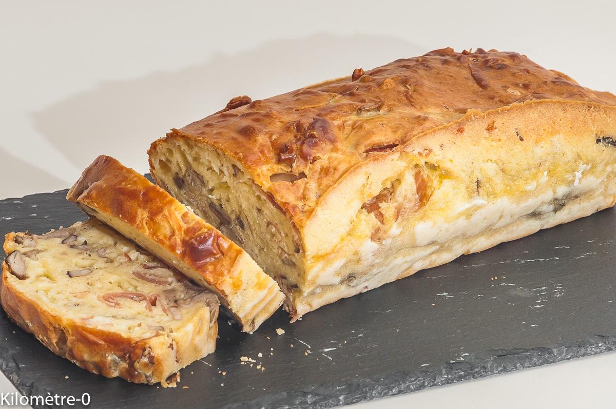 Photo de recette de cake, jambon, emmental, cèpes de  Kilomètre-0, blog de cuisine réalisée à partir de produits locaux et issus de circuits courts