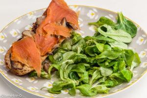 Photo de recette de tartine, truite, champignons, cèpes de Kilomètre-0, blog de cuisine réalisée à partir de produits locaux et issus de circuits courts