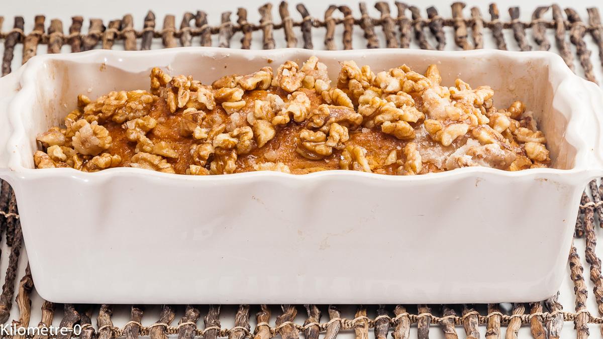 Photo de recette de  cake aux noix, caramel de Kilomètre-0, blog de cuisine réalisée à partir de produits locaux et issus de circuits courts