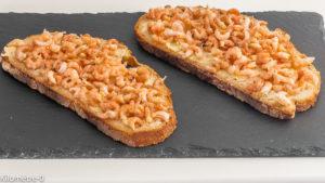 Photo de recette de tartine, crevettes grises, beurre, facile, rapide, bord de mer Kilomètre-0, blog de cuisine réalisée à partir de produits locaux et issus de circuits courts