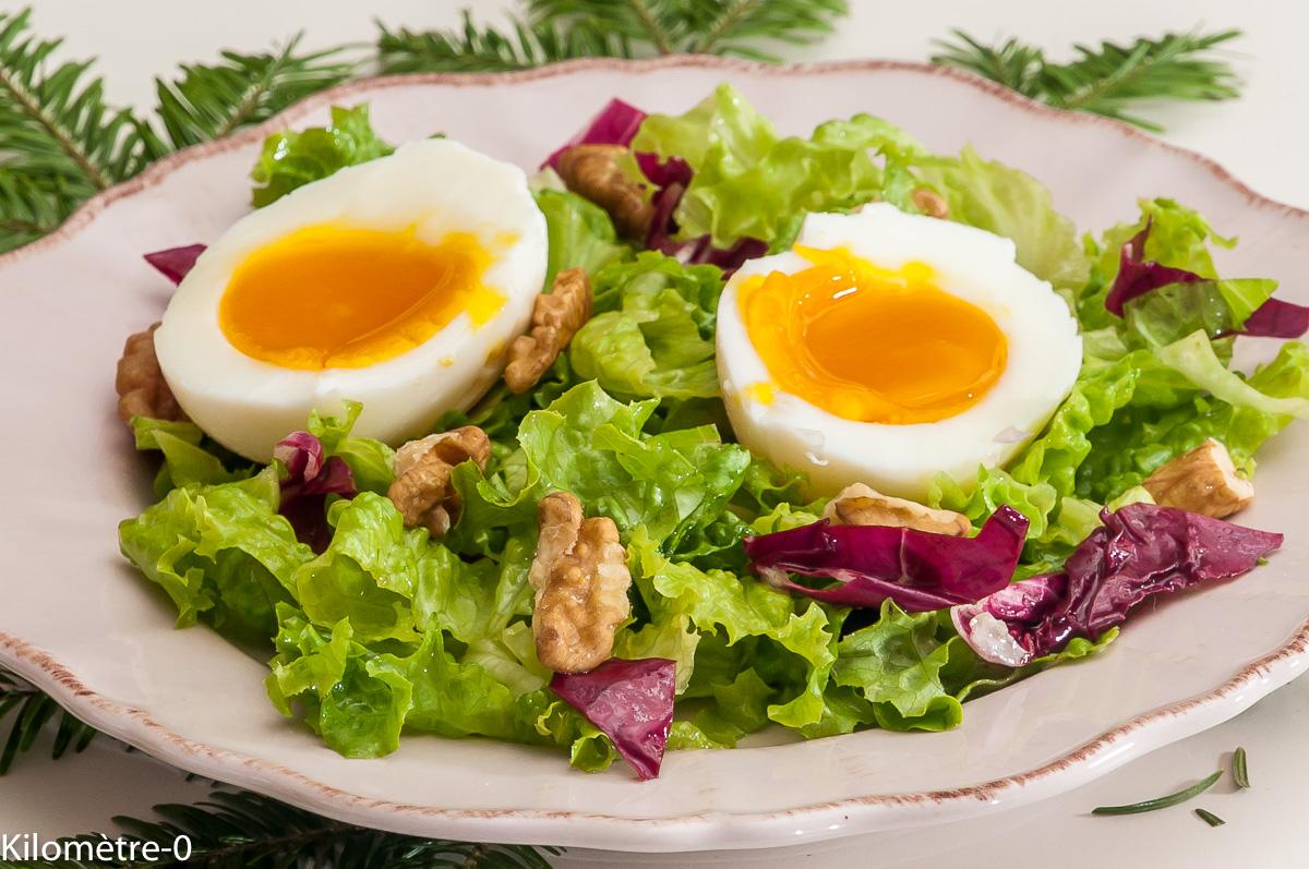 Photo de recette de salade, oeuf mollet, noix, légère, rapide, facile, bio de Kilomètre-0, blog de cuisine réalisée à partir de produits locaux et issus de circuits courts