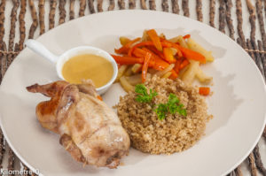 Photo de recette de caille, cuisine angevine, quinoa, légumes, léger, Kilomètre-0, blog de cuisine réalisée à partir de produits locaux et issus de circuits courts