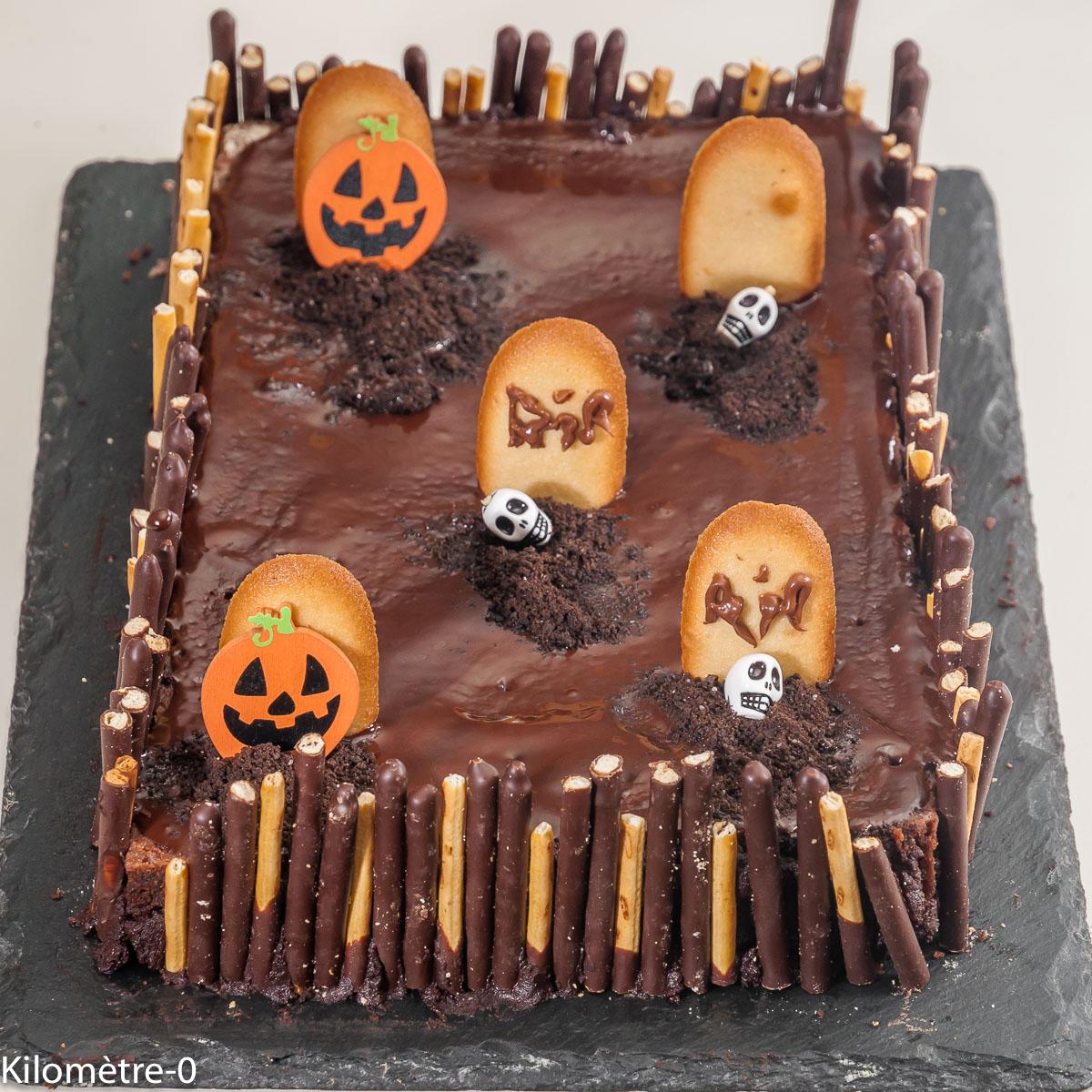 Photo de recette de gâteau, cimetière, halloween, enfant, facile, Kilomètre-0, blog de cuisine réalisée à partir de produits locaux et issus de circuits courts