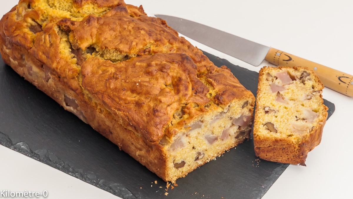 Photo de recette de gâteau, poires, noix, matin, petit déjeuner, goûter, facile, rapide, bio de Kilomètre-0, blog de cuisine réalisée à partir de produits locaux et issus de circuits courts