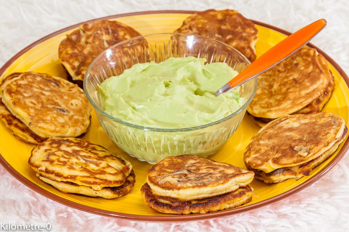 Photo de recette de blinis, maïs, avocat, apéro, facile de Kilomètre-0, blog de cuisine réalisée à partir de produits locaux et issus de circuits courts