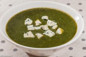 Photo de recette de soupe, velouté, épinards, fourme d'Ambert de  Kilomètre-0, blog de cuisine réalisée à partir de produits locaux et issus de circuits courts