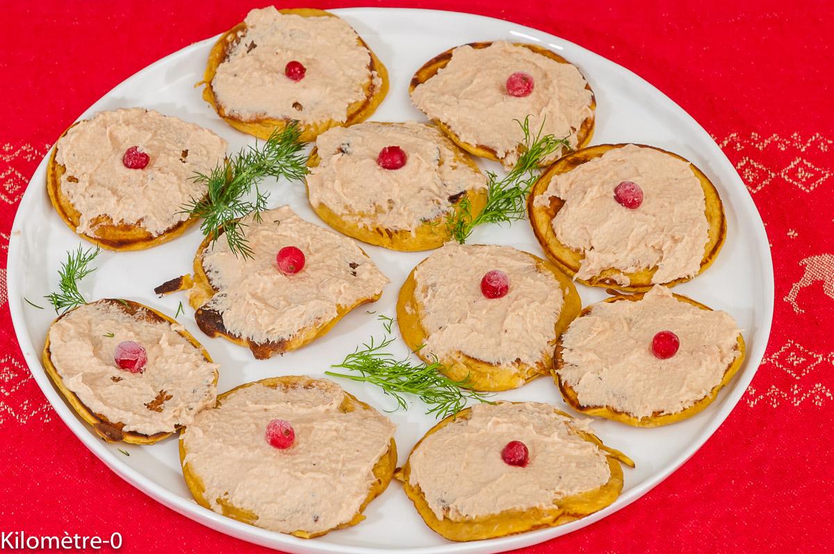 Photo de recette de blinis de patate douce, mousse de saumon de Kilomètre-0, blog de cuisine réalisée à partir de produits locaux et issus de circuits courts