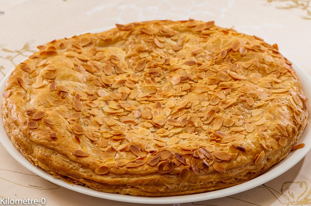 Photo de recette de galette des rois, poires, caramel au beurre salé de Kilomètre-0, blog de cuisine réalisée à partir de produits locaux et issus de circuits courts
