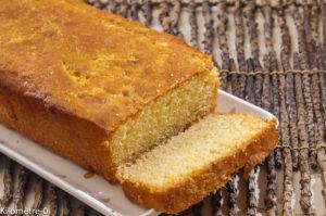 Photo de recette de cake moelleux à l'oorange de  Kilomètre-0, blog de cuisine réalisée à partir de produits locaux et issus de circuits courts
