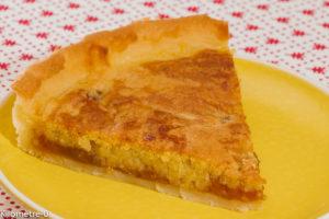 Photo de recette de tarte, amandes, fruit, prunes de  Kilomètre-0, blog de cuisine réalisée à partir de produits locaux et issus de circuits courts
