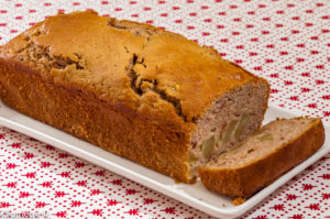 Photo de recette de  gâteau du matin, châtaignes, poires de Kilomètre-0, blog de cuisine réalisée à partir de produits locaux et issus de circuits courts