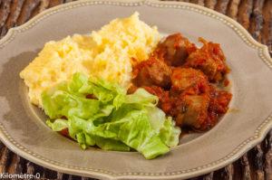 Photo de recette italienne, ragu, saucisses, viande, polenta, scamorza de de Kilomètre-0, blog de cuisine réalisée à partir de produits locaux et issus de circuits courts