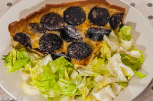 Photo de recette de tarte aux boudins et aux pommes, recette de Normandie de Kilomètre-0, blog de cuisine réalisée à partir de produits locaux et issus de circuits courts