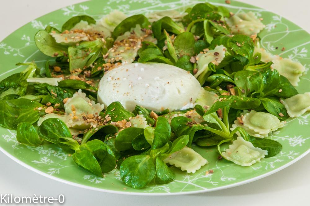 Photo de recette de salade, mâche, oeuf poché, ravioles de  Kilomètre-0, blog de cuisine réalisée à partir de produits locaux et issus de circuits courts