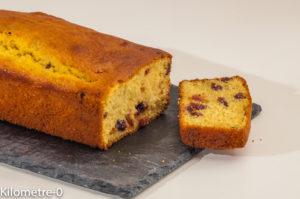 Photo de recette de gâteau du matin, cranberries, polenta, vanille de  Kilomètre-0, blog de cuisine réalisée à partir de produits locaux et issus de circuits courts