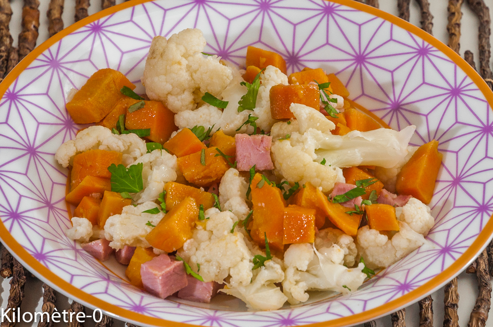 Photo de recette de salade de chou fleur, patate douce, jambon, facile, bio rapide de Kilomètre-0, blog de cuisine réalisée à partir de produits locaux et issus de circuits courts