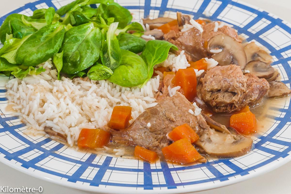 Photo de recette de blanquette de veau, riz, carottes, bio de Kilomètre-0, blog de cuisine réalisée à partir de produits locaux et issus de circuits courts