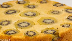 Photo de recette de gâteau aux kiwis facile de Kilomètre-0, blog de cuisine réalisée à partir de produits locaux et issus de circuits courts