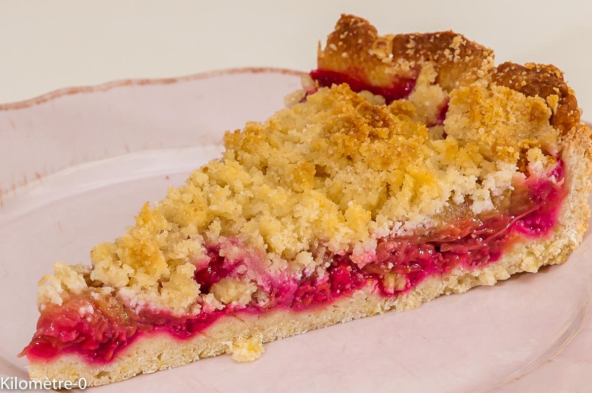 Photo de recette de dessert, tarte crumble, framboises, rhubarbe de  Kilomètre-0, blog de cuisine réalisée à partir de produits locaux et issus de circuits courts